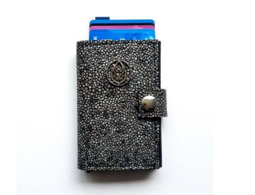 Cardholder Stone 2 600-400